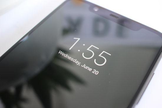 Функция Always On Display в смартфоне Xiaomi Mi8