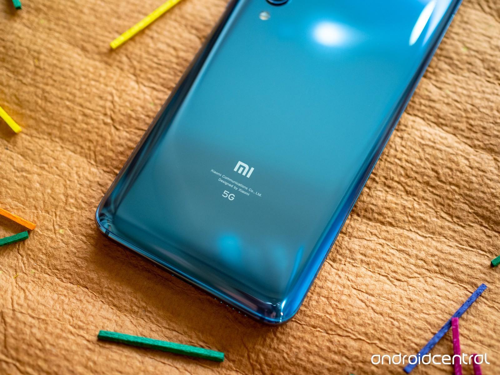 Задняя крышка телефона Xiaomi Mi 10