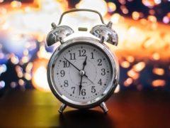 Mi Band 6 будильник как установить с браслета или из приложения Mi Fit